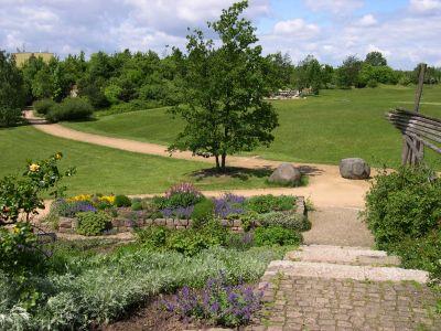 Blick über einen Teil des Parks